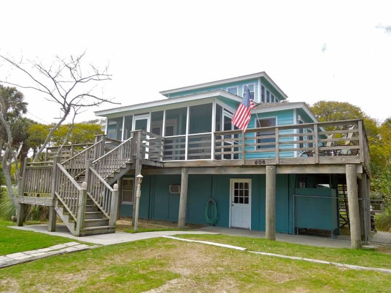 Front of House - Arctic Palms - Folly Beach, SC - 3 Beds BATHS: 2 Full - Folly Beach - rentals