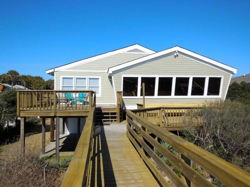 Exterior - Circe - Folly Beach, SC - 3 Beds - 3 Baths - Blue Mountain Beach - rentals