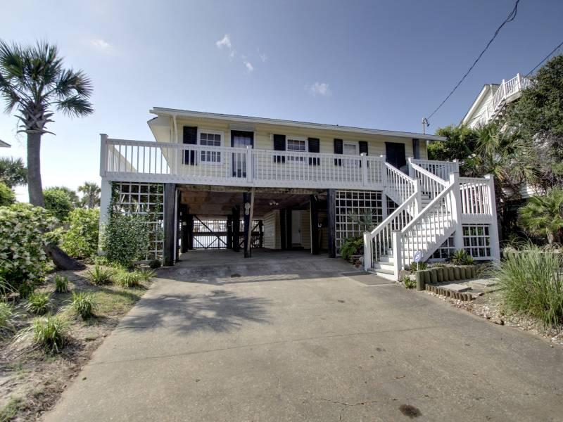 Street Side - Clervue Cottage - Folly Beach, SC - 3 Beds - 2 Baths - Blue Mountain Beach - rentals