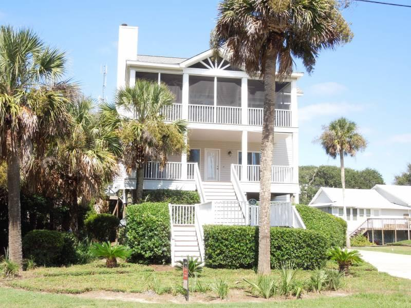Exterior - Conched Out - Folly Beach, SC - 4 Beds - 3 Baths - Blue Mountain Beach - rentals