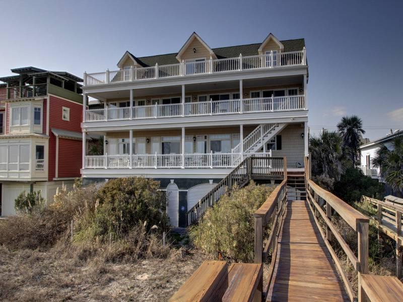 Ocean Side of Home - Eddie's Jeddy - Folly Beach, SC - 5 Beds BATHS: 5 Full 1 Half - Folly Beach - rentals