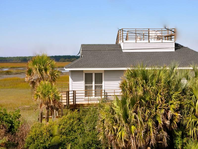 Exterior - Fi Fi's Fabulous Folly - Folly Beach, SC - 4 Beds - 2 Baths - Blue Mountain Beach - rentals