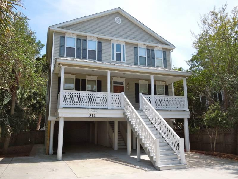 Exterior - In Chambers - Folly Beach, SC - 5 Beds BATHS: 3 Full 1 Half - Folly Beach - rentals