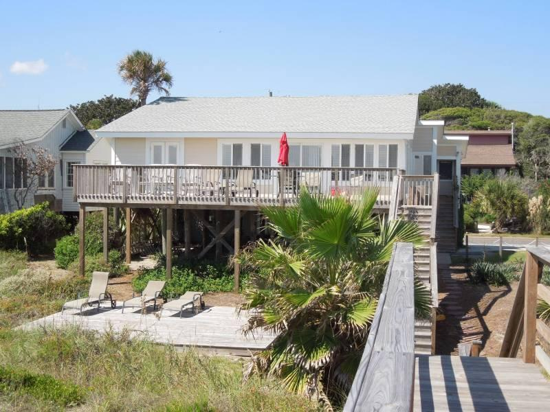 Exterior Facing Ocean - Just Beachy - Folly Beach, SC - 4 Beds BATHS: 3 Full - Folly Beach - rentals