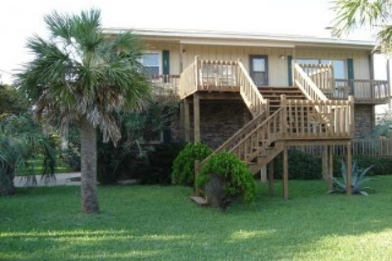 Exterior - Hames House - Folly Beach, SC - 4 Beds BATHS: 2 Full 1 Half - Folly Beach - rentals