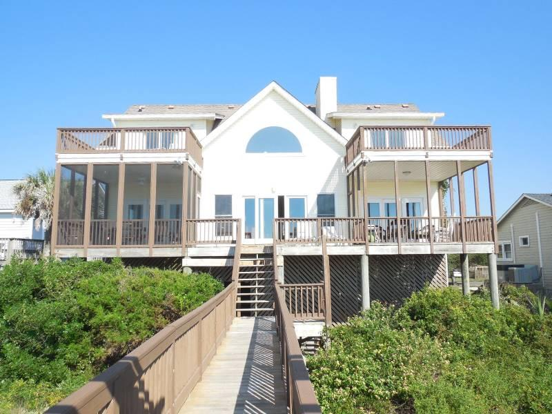 Oceanside Exterior - Locura - Folly Beach, SC - 3 Beds BATHS: 3 Full 1 Half - Folly Beach - rentals