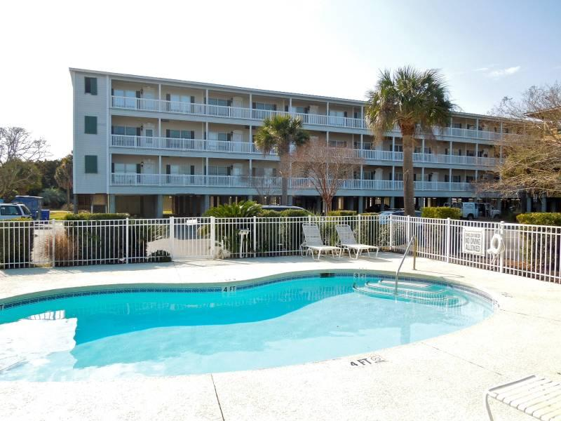 Exterior w/Community Pool - Marsh Winds 2C - Folly Beach, SC - 3 Beds BATHS: 3 Full - Folly Beach - rentals
