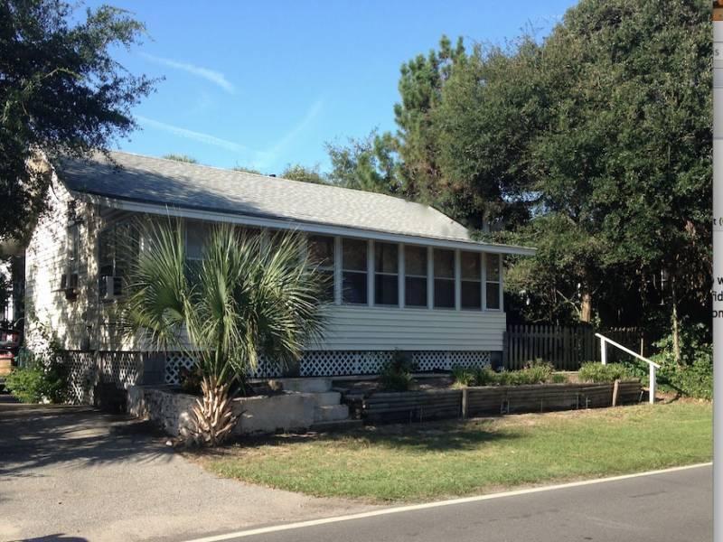 Exterior - Sea Urchin - Folly Beach, SC - 2 Beds - 1 Baths - Blue Mountain Beach - rentals