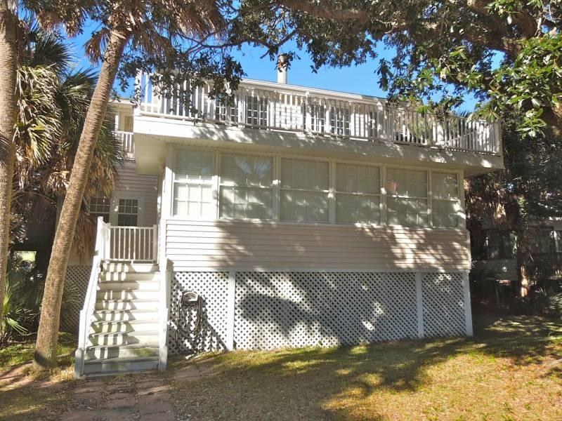 Front of House - Seabiscuit - Folly Beach, SC - 4 Beds BATHS: 2 Full - Folly Beach - rentals