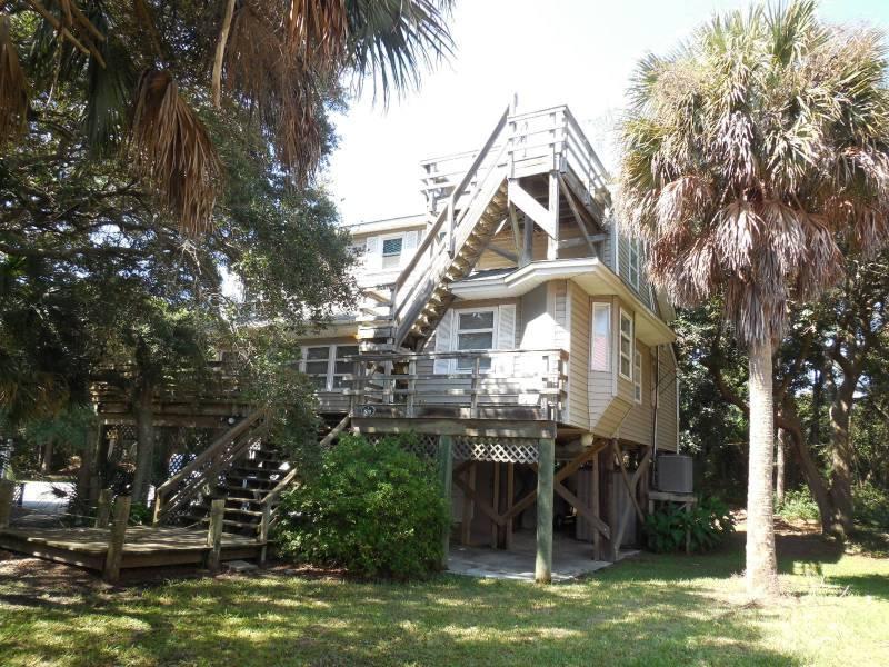 Exterior - Tree House - Folly Beach, SC - 3 Beds - 3 Baths - Blue Mountain Beach - rentals