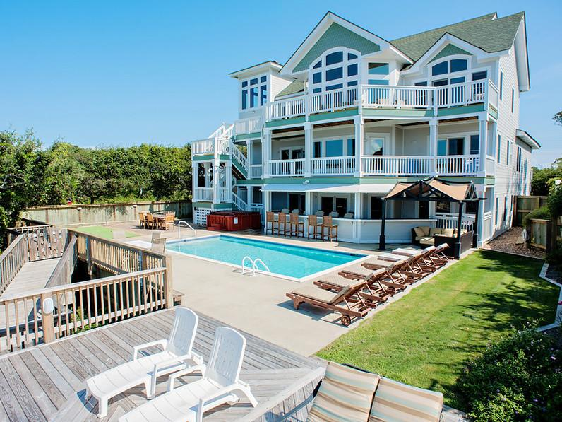 Island Time Paradise 8BR Soundfront Private Beach - Image 1 - Buxton - rentals