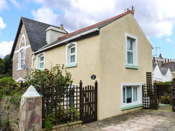LITTLE ACRE, off road parking, great location, traditional cottage in Torquay, Ref. 921019 - Image 1 - Torquay - rentals