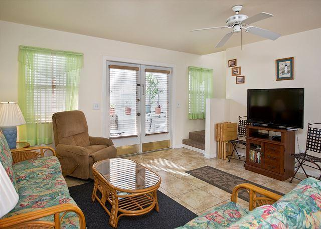 BMW Fantasy - 2 Bedroom Condo with a Shared Pool - Image 1 - Key West - rentals