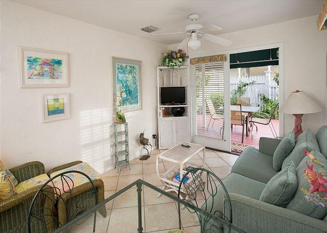 Paradise Found - 2 Bedroom Condo with a Shared Pool - Image 1 - Key West - rentals