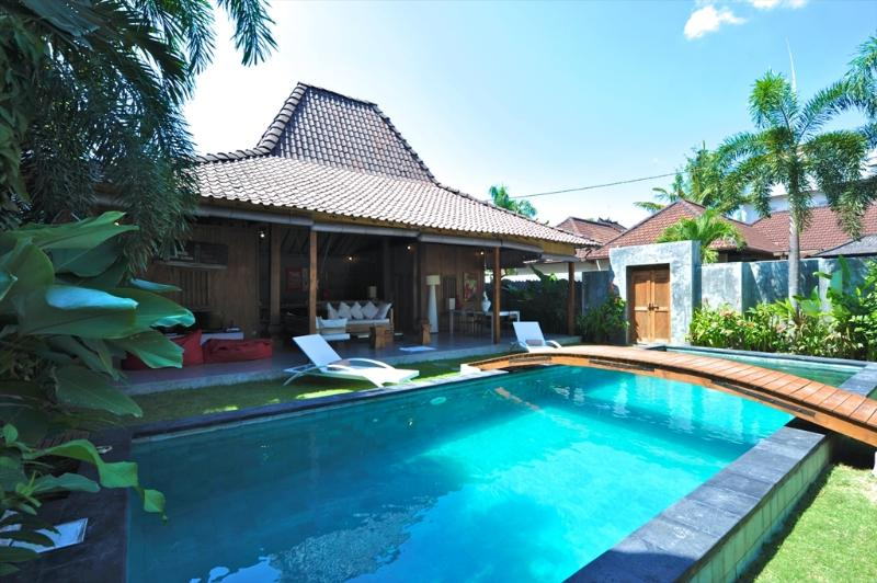 Lovely and Luxurious Villa Seminyak Oberoi - Image 1 - Seminyak - rentals