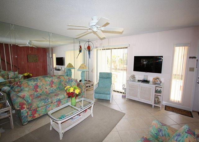 Gulf Winds East #18 Free Golf & Free Parasailing! - Image 1 - Miramar Beach - rentals