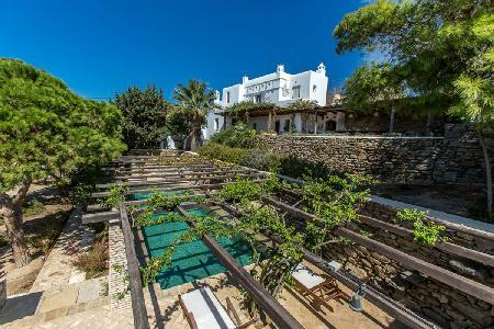 Sea view Magic Garden boasts a tranquil courtyard garden with pool & pergola - Image 1 - Mykonos Town - rentals