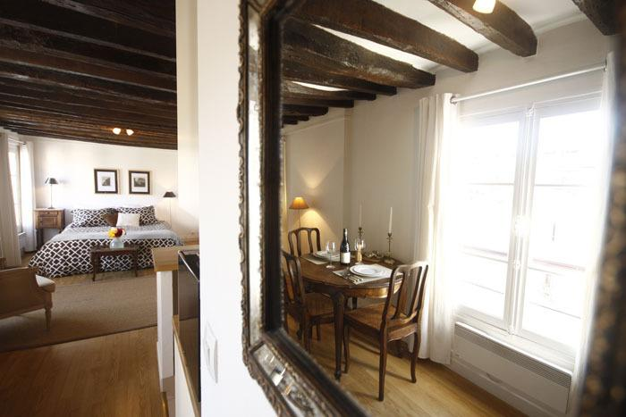Le Charles V - Featured on HouseHunters! - Image 1 - Paris - rentals