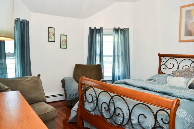 SPECTACULAR 3 BEDROOM WITH 6 BEDS STATEN ISLAND NY - Image 1 - Staten Island - rentals