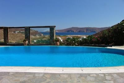 Magical 4 Bedroom Villa in Panormos - Image 1 - Panormos - rentals