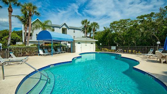 Complex pool - Sandy Point - Holmes Beach - rentals