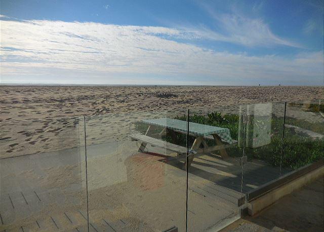 36250 - Lev Beach House - Hollywood Beach Oceanfront - Image 1 - Oxnard - rentals