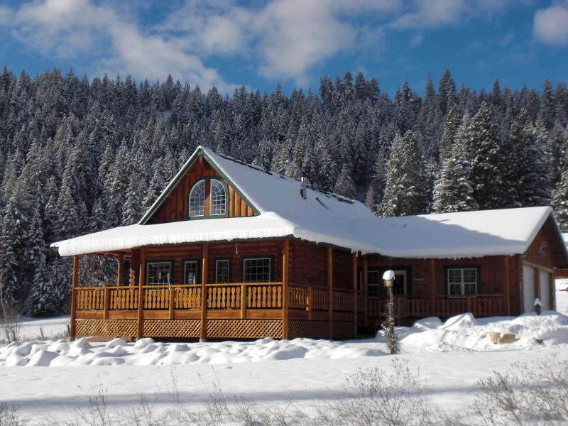 Winter Wonderland - Luxury Log Retreat - Leavenworth - rentals