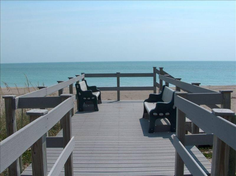 You could be here!  Ocean View Condo Closets to Access. - Ocean View-$575/wk (off season) Beach/Pools/Golf - Fort Pierce - rentals