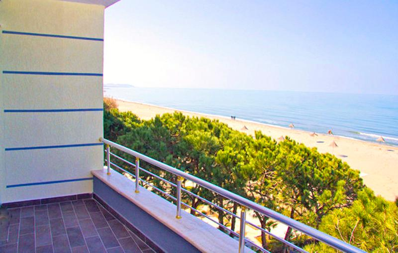 Have you ever dreamed of renting a gorgeous apartment with an amazing sea view, ON the beach!? - Fabulous Beachfront APT, 180° WOW!! Seaview, Pool - Durres - rentals