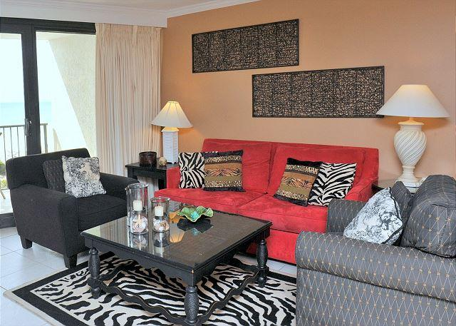 Safari inspired Decor - Offering 20% off a week stay between March 7-28. Book it! - Sandestin - rentals