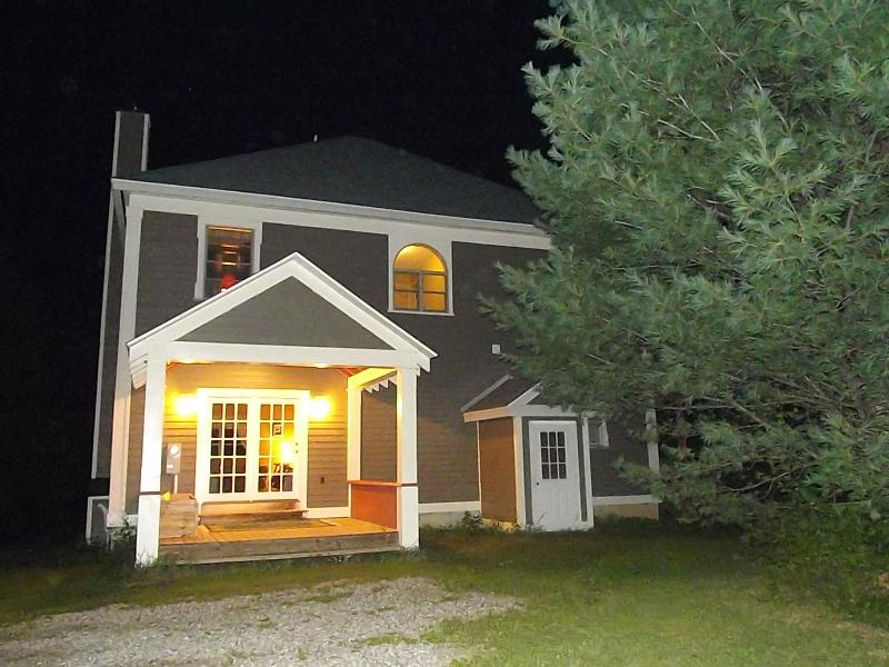 Your view of the house as you pull in at night - The Adirondack Getaway - Minerva - rentals
