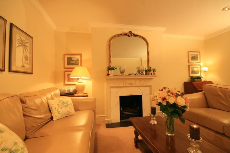 High Quality South Kensington 2 Bedroom Apartment - Image 1 - London - rentals