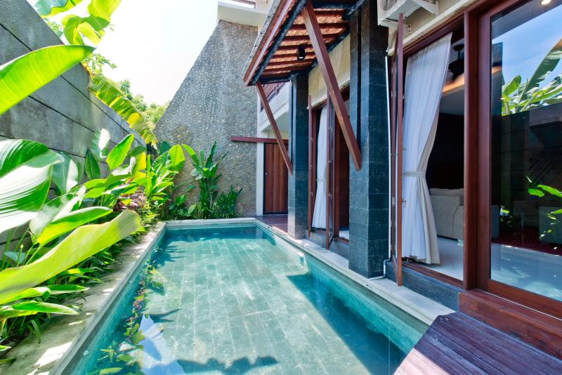 Pool view - De Gun Residence, Luxury 3-6 bedrooms , Legian - Seminyak - rentals