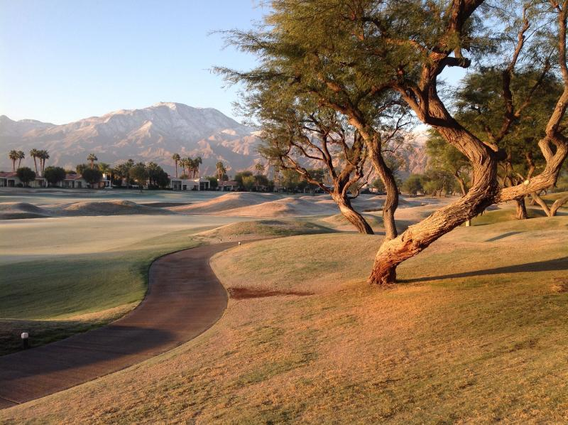 December 2014-Beautiful snow on the Santa Rosa Mountains - PGA WEST SOUTH FACING MOUNTAIN VIEW ON THE COURSE! - La Quinta - rentals