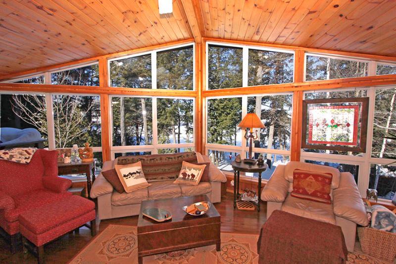 Casa De Poco Loco cottage (#931) - Image 1 - Otter Lake - rentals