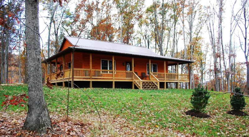The Barred Owl Lodge, completed May 2014! - Brand New Construction:  The Barred Owl Lodge! - Luray - rentals