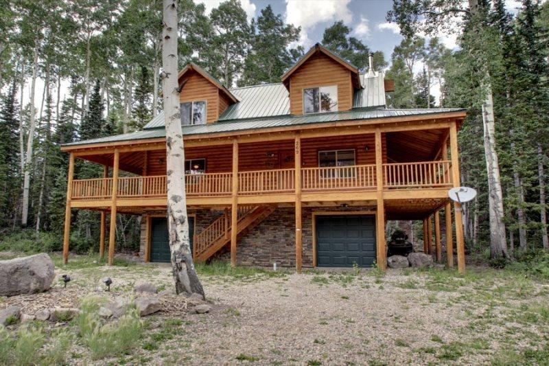 Whispering Pines Lodge - Beautiful cabin and surrounded by trees - Image 1 - Brian Head - rentals