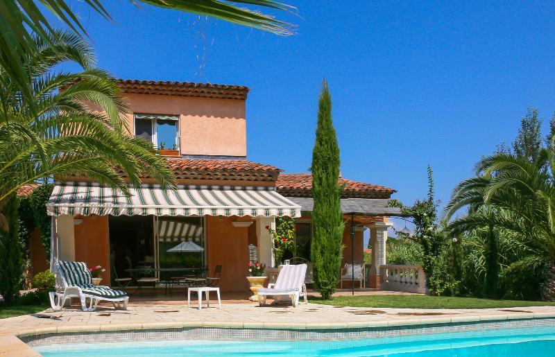 Villa Ferron - Image 1 - France - rentals