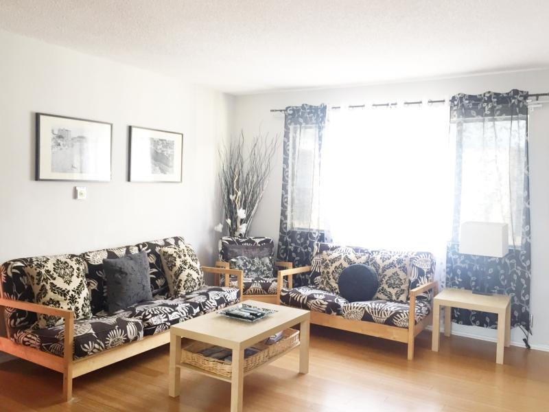 150 Steps to the Sand -- Sleeps 6!! - Image 1 - Los Angeles - rentals
