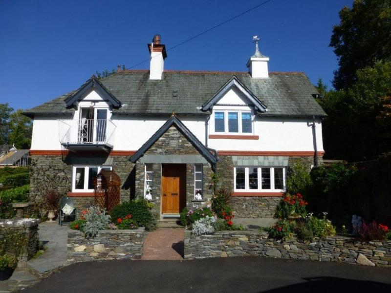 STORRS LODGE, Bowness on Windermere - Image 1 - Bowness-on-Windermere - rentals
