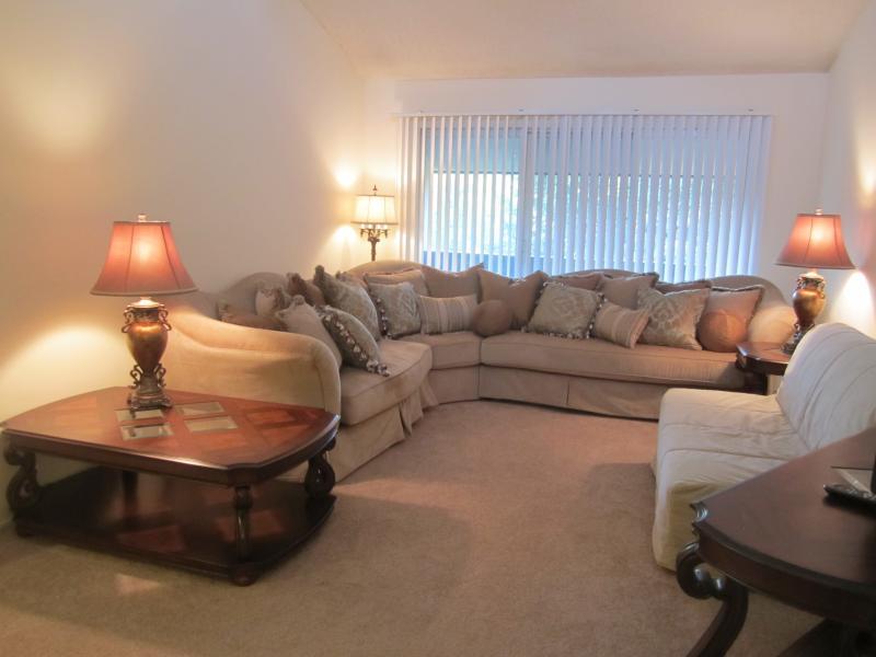Beautiful 1 Bedroom Rental - Image 1 - Pacific Beach - rentals