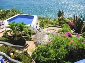 Resort like pool with ocean views - 2 BR ocean view condo in desired area - Puerto Escondido - rentals