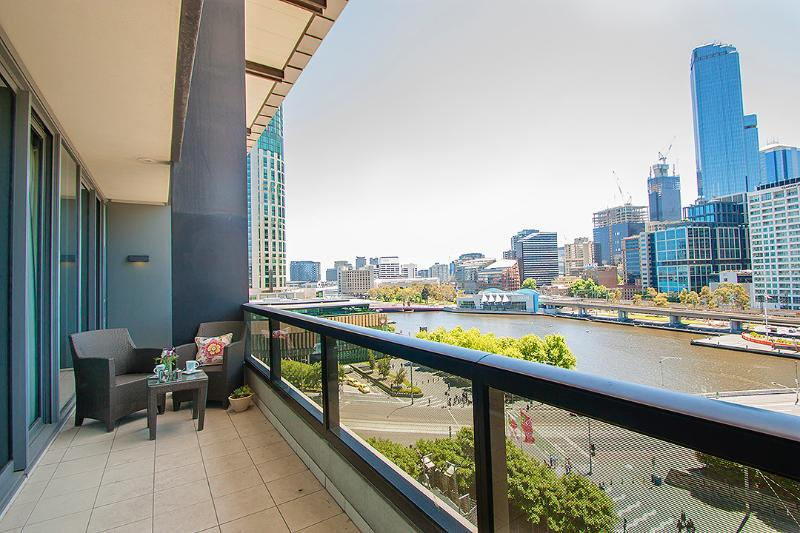 Amazing views from balcony - Freshwater - A LUXICO HOLIDAY HOME - Melbourne - rentals