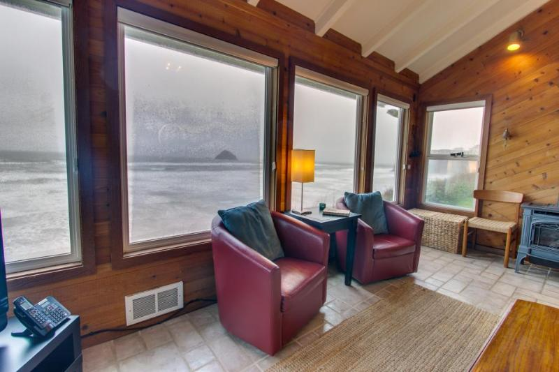 Beachfront, pet-friendly cottage, views of Three Arch Rocks! - Image 1 - Oceanside - rentals