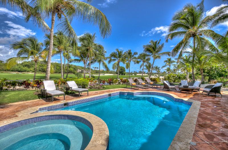 Ideal for Golf Groups & Couples, Beach Club Access, Private Pool & Jacuzzi, Maid - Image 1 - Punta Cana - rentals
