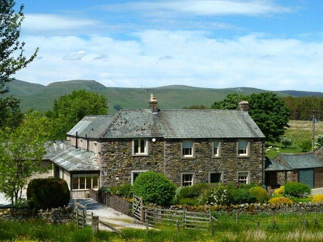 GREENBANK FARMHOUSE, Troutbeck, Nr Ullswater - - Image 1 - Troutbeck - rentals