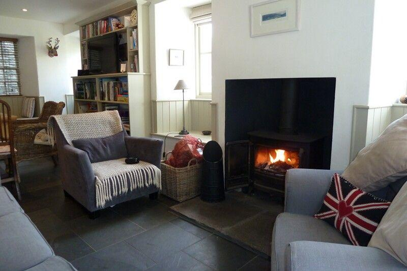 BARNEY'S COTTAGE, Ambleside - Image 1 - Ambleside - rentals