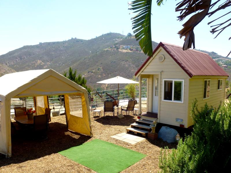 Tiny House, Trail Riding & A Touch of Paradise - Image 1 - Fallbrook - rentals