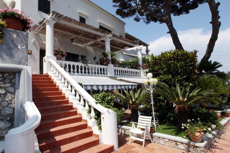 Villa Le Parate - Image 1 - Capri - rentals