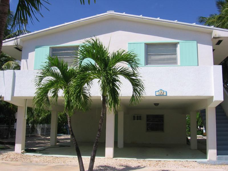 122 Leoni Dr - 28 night Minimum!!! - Image 1 - Islamorada - rentals